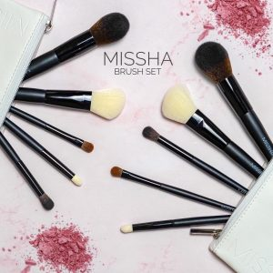Четки за грим MISSHA Artistool To-Go Kit